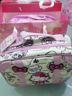 Hello Kitty Good Chen Mooncakes
