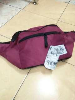 Waist bag maroon