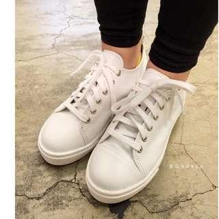 🚚 (全新) *轉賣* 韓~真皮厚底綁帶小白鞋(22.5)