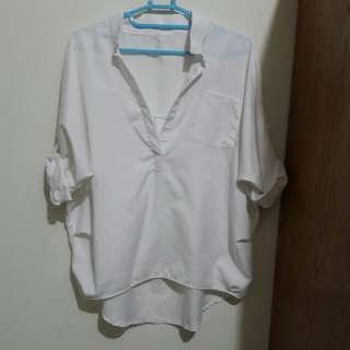 韓系/微性感的寬鬆白色襯衫