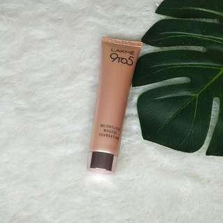 Lakme weightless mousse foundation