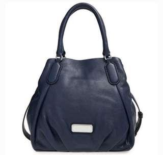 LIKE NEW! Authentic MARC BY MARC JACOBS New Fran bag in navy blue
