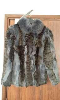 99% 新Fur Jacket (Penguin Furriers)