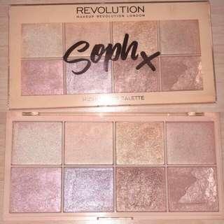 Makeup Revolution x Soph Highlighter Palette