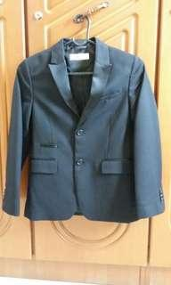 H&M boy jacket with silk lapel, condition 9.5/10