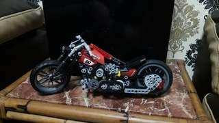 Legoo Technic Harley Davidson Bike