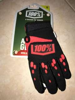 100% MTB gloves