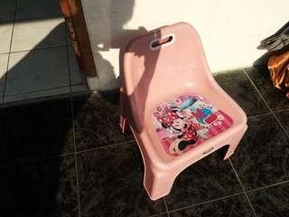 Bangku pink