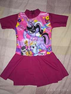 Baju renang bayin