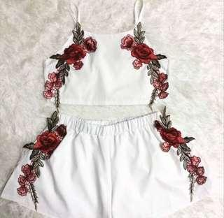 Rose embroidery crop set