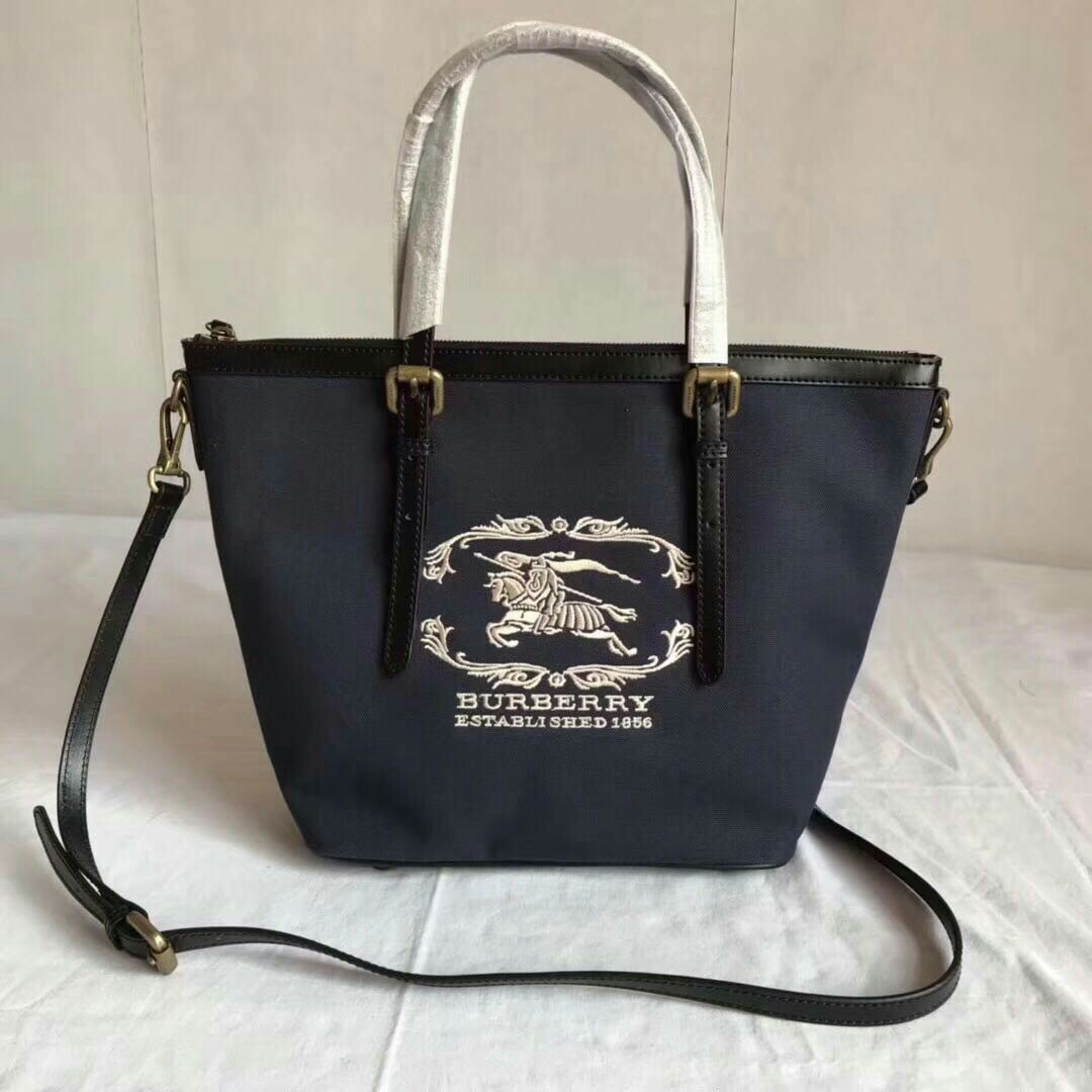 Burberry canvass leather bag c5a08f97f938c
