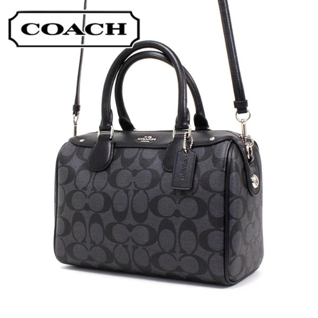 43edc463852b Coach Signature handbag