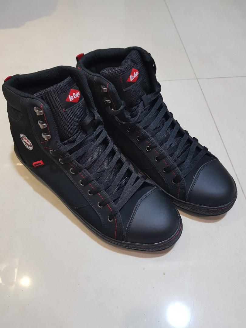 Lee Cooper safety shoes / steel toe