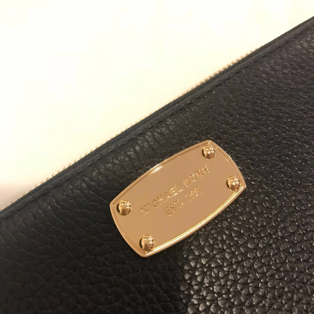 86759cccad5f MK long wallet/purse/wristlet, Women's Fashion, Bags & Wallets, Clutches on  Carousell