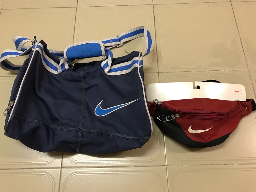 65a9996dbd00 Nike Bag and Pouch