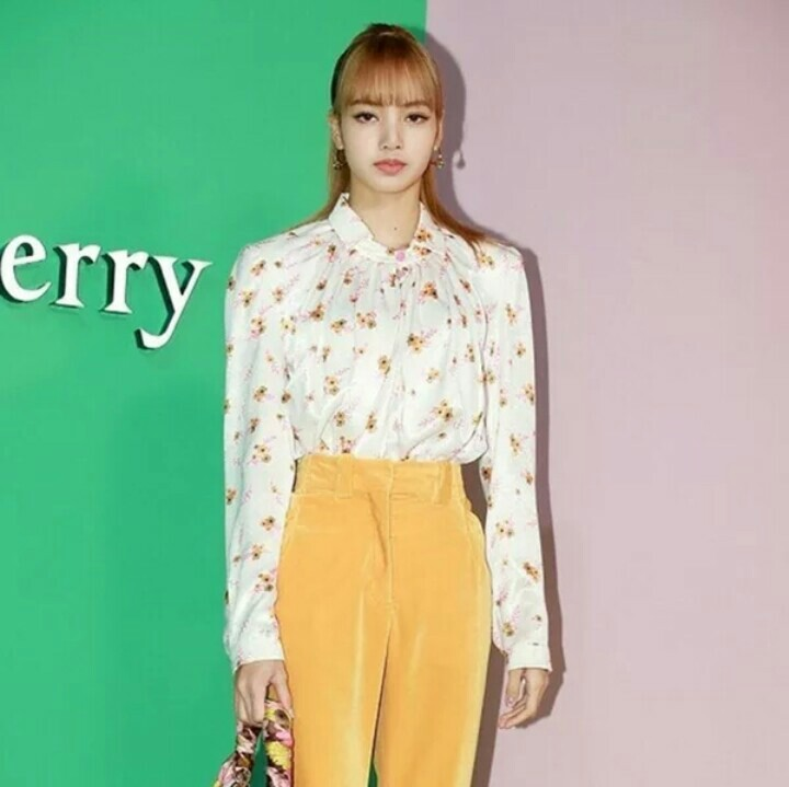 Po Blackpink Lisa Bright Autumn Full Outfit Anh Apparel