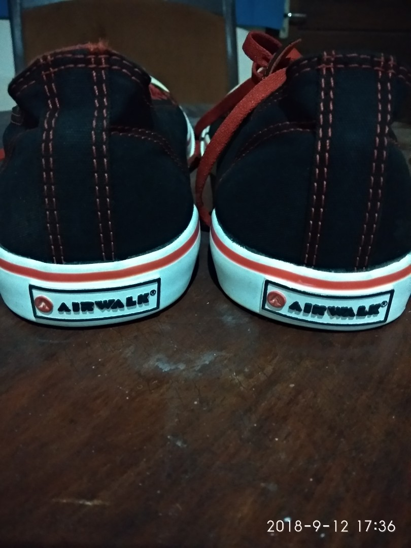 Sepatu bekas airwalk second 6a41a2e85a