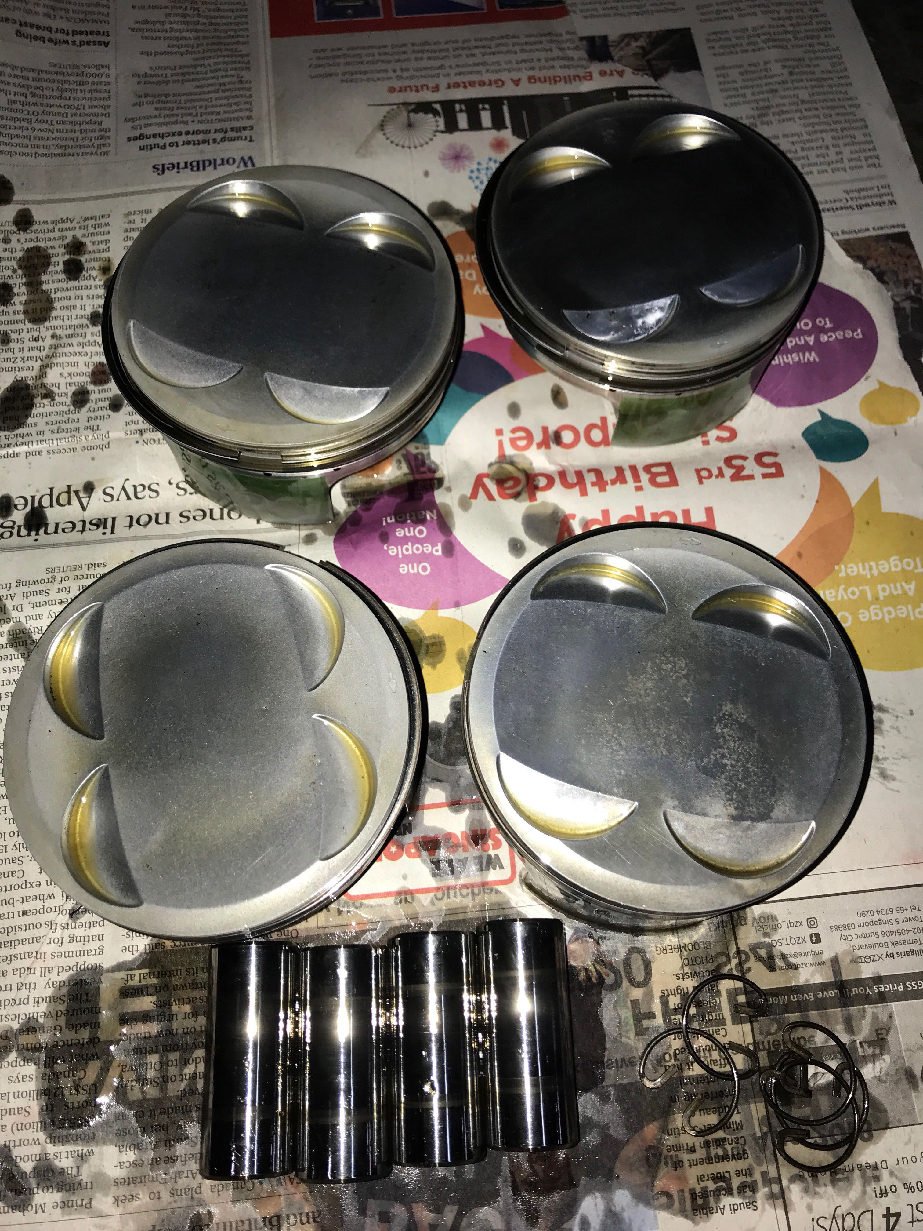 Subaru Engine Cosworth forged pistons for EJ25