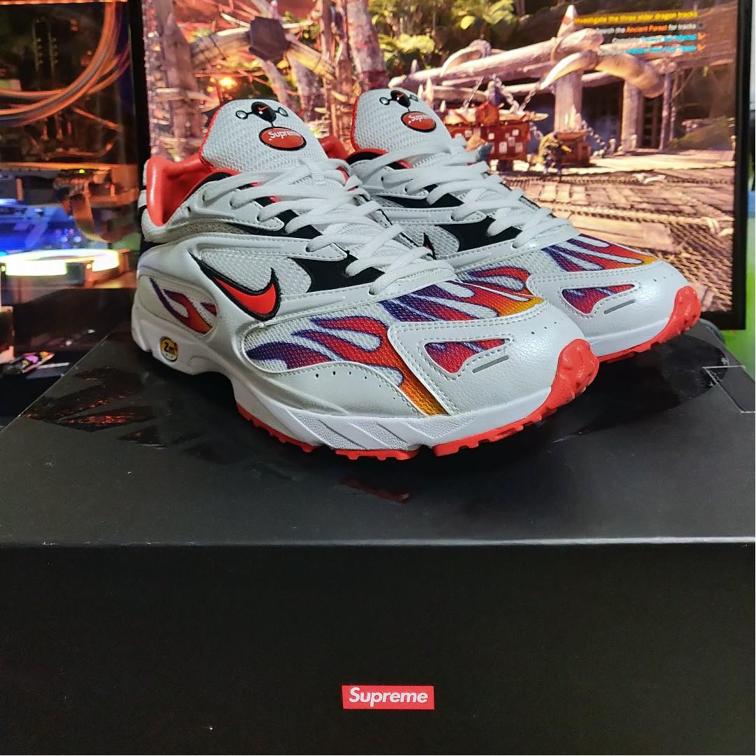9f68d0a10be3 Supreme x Nike Zoom Streak Spectrum Plus US9.5