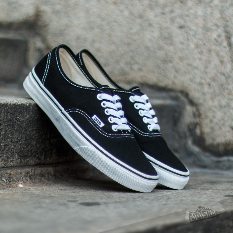 b1cde8c1787bd Vans Authentic (Black) US Mens 7 / Womens 8.5, Women's Fashion, Shoes,  Sneakers on Carousell