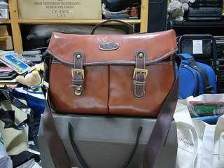 New Medium size leather camera bag