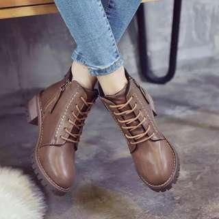 Martin boots female British wind thick with lace ankle boots female Korean version of the motorcycle boots thick with short tube was thin female boots