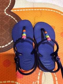 女童涼鞋正品內長14公分