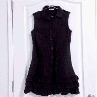 QOO.G Little Black Dress With Collar And Lace