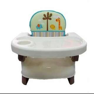 Booster seat atau baby chair