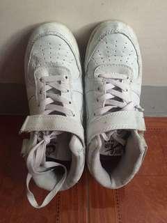 Nike white airmax