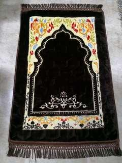 Padded Prayer Mat / Sejadah Tebal Buy 2pcs for $50 including delivery!! While stocks last!!