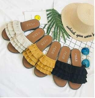 [INSTOCK] Ruffles sandals