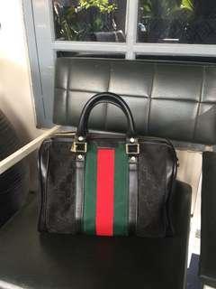 Gucci handbag semi premium