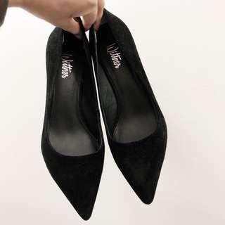 NEW Wittner black suede heels size 36