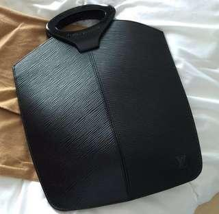 LV Bag (100%real 95%new)