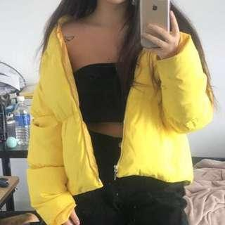 yellow tommy puffer