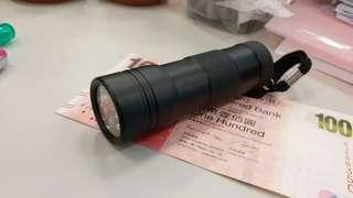 紫外光電筒