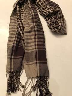 Guess brown check scarf