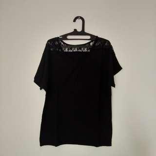 #MauiPhoneX Loose black lace shirt
