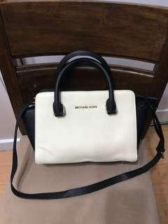 Authentic Michael Kors Selma Medium Saffiano Leather Satchel Bag