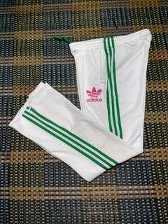 Adidas Pants cutting women
