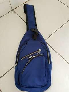 Tas Selempang Pria Sling Bag Import bahan Nylon ANTI AIR Cross Body Bag Bagus Murah BOLEH NEGO sisa pabrik cacat 1 resletting depan saja