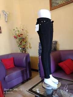 celana jeans skiny hitam