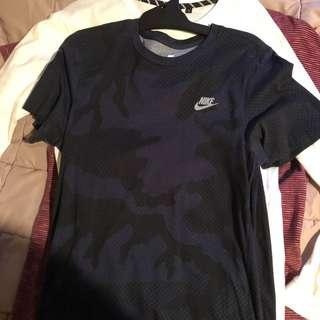 Nike sports tee