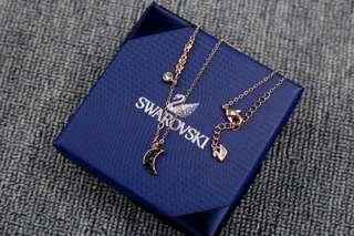 Swarow Necklace Set