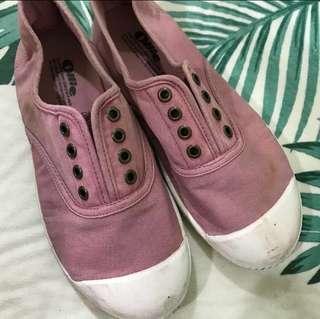 🚚 🉐️Ollie 粉色平底休閒鞋