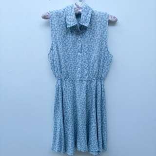 🚚 藍色碎花無袖洋裝