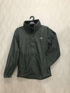 The North Face Men Resolve Jacket Grey