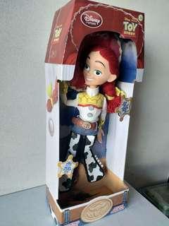 Disney Toy Story 反斗奇兵 玩具總動員發聲牛女 35cm Talking Jessie