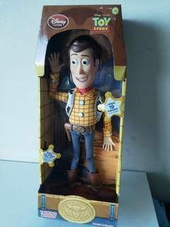 Disney Toy Story 反斗奇兵 玩具總動員發聲胡迪 35cm Woody